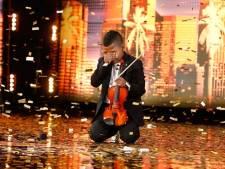 Gepeste violist Tyler (11) ontroert met spectaculaire dans-act in America's Got Talent