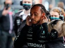 Hamilton heeft spijt van kritiek op pitstop: 'Verwacht nooit van me dat ik altijd netjes en kalm blijf'