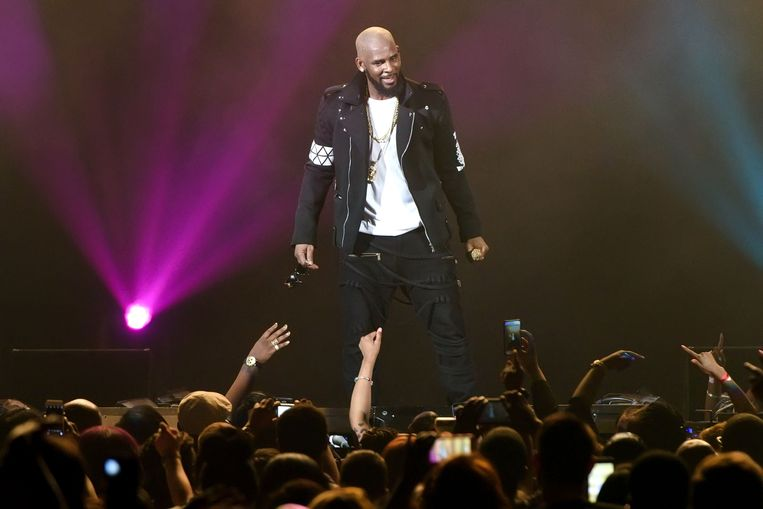 R. Kelly op 7 mei 2016 tijdens The Buffet Tour in de Allstate Arena in Chicago.