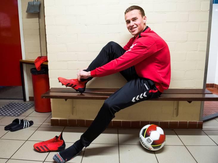 Noah Steen (22) bereikt via zijpaden de hoofdmacht: 'In het derde elftal nam ik op vrijdag gerust wat biertjes'