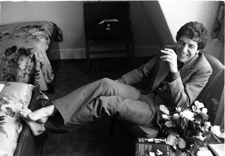 Leonard Cohen in Londen (1974). Beeld © Michael Putland Archive/ElliottHalls Gallery