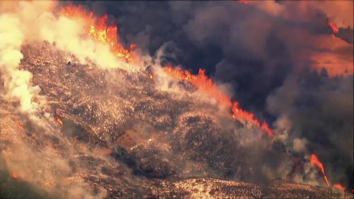 Duizenden geëvacueerd na bosbranden Californië
