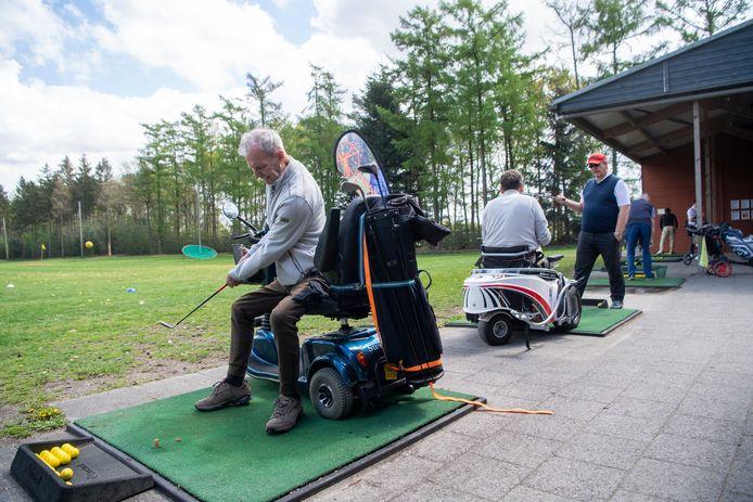 Kennismakingsdag voor golfers met een lichamelijke beperking.