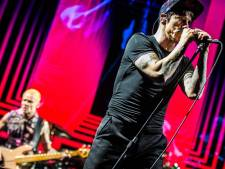 Red Hot Chili Peppers geeft samen met the Strokes en Beck in 2022 concert in Goffertpark