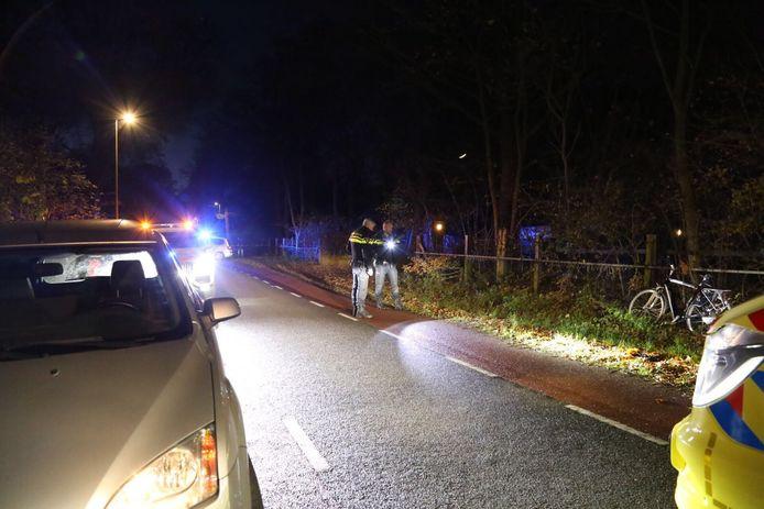 Een voetganger raakte zwaargewond bij een aanrijding op de Tweehekkenweg in Zeeland.