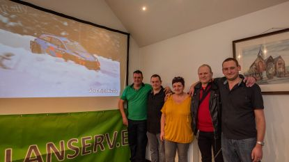 Fanfeest Thierry Neuville in supporterslokaal café Sint-Joris is razend succes