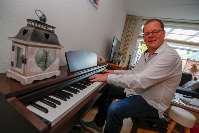 Muzikant John van Heugten.