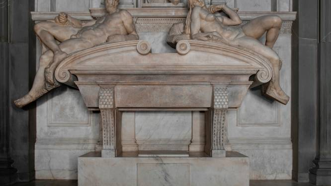 Vleesetende bacterie maakt marmeren tombes van Michelangelo in Medici-grafkapel weer schoon