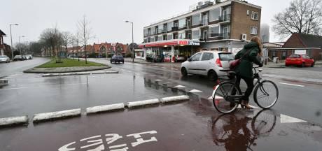 Fietsburgemeester Kuiper van Enschede gaat de nieuwe fietsvisie aandachtig lezen: 'Fietsen houdt stad leefbaar'