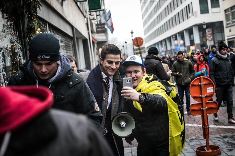 'Dries Van Langenhove (foto) heeft bij Génération Identitaire in Frankrijk geleerd hoe hij jongeren kan mobiliseren en hoe ze 'hun plaats in de samenleving' moeten opeisen.' Beeld ID BAS BOGAERTS
