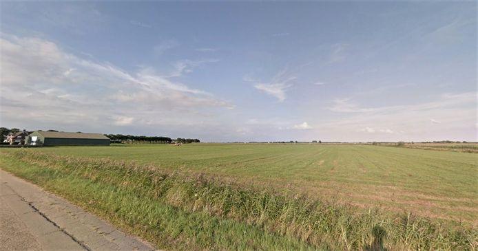 Het perceel van ruim 6 hectare aan de Rosmalensedijk dat onlangs is aangekocht.