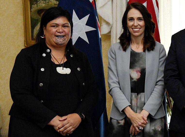 Premier Ardern en haar Maori minister van Buitenlandse Zaken Nanaia Mahuta  Beeld AFP