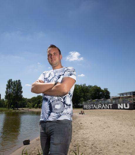 Jelbert (28) is helemaal klaar met feestende jongeren voor zijn beachclub in Biddinghuizen: 'Na corona nieuwe tegenslag'
