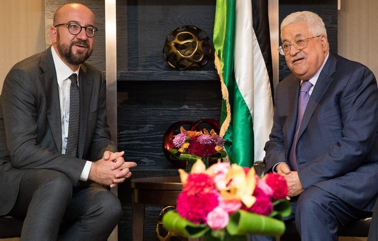 Premier Charles Michel en de Palestijnse president Mahmoed Abbas. Beeld BELGA