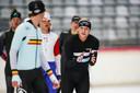 Koen Verweij gaf afgelopen winter training aan schaatstalenten in de Max Aicher Arena in Inzell.