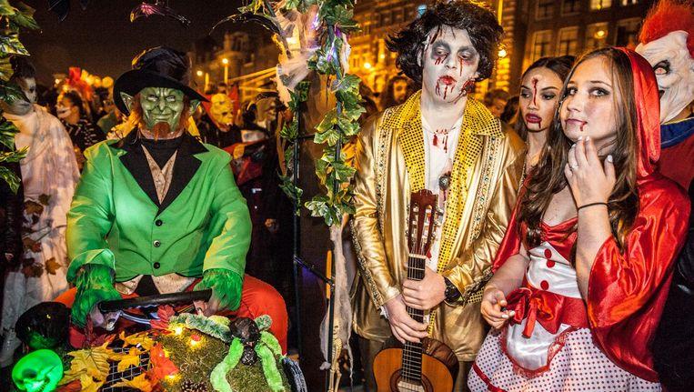 In 2015 betaalde Amsterdam Halloween de parade zelf Beeld Amaury Miller