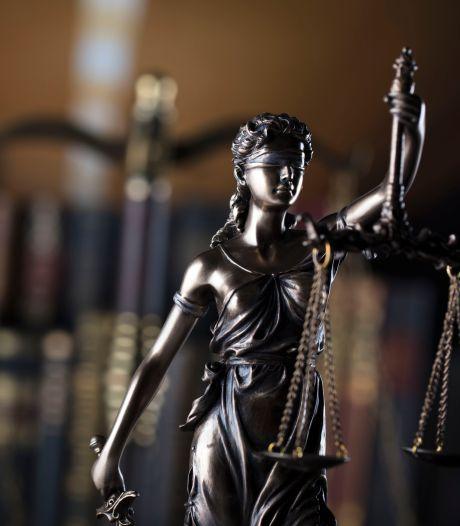 Eis: acht maanden cel voor Axelaar voor inrijden op dronken plaatsgenoot
