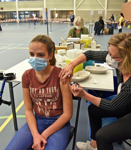 Puberbibbers voor de meningokokkenprik