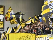 Opnieuw vechtpartijen tijdens een wedstrijd van Vitesse: 'Roepen iedereen op om te stoppen met gooien van bier'
