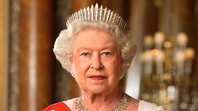 Queen Elizabeth viert 70-jarig troonjubileum groots: concert met wereldsterren en extra vakantiedagen voor Britten