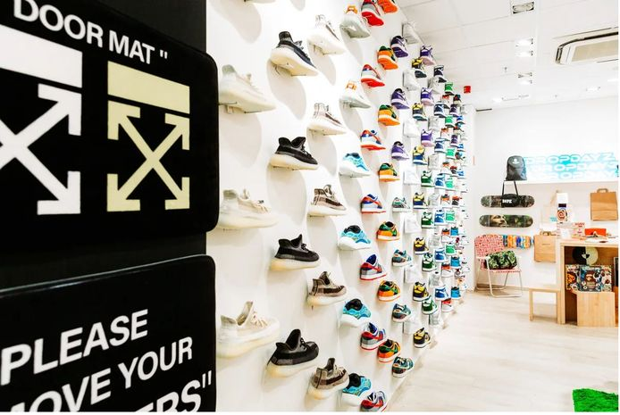 Sneakerstore Dropdayz.