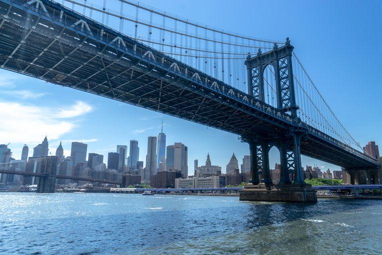 Manhattan Bridge, over de East River naar Brooklyn.  Beeld Thibaut Renard