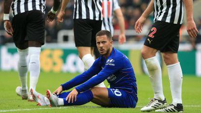 """Eden Hazard krijgt het alweer hard te verduren in de Premier League, maar: """"Wanneer je de bal hebt, krijg je schoppen. Ik klaag niet"""""""