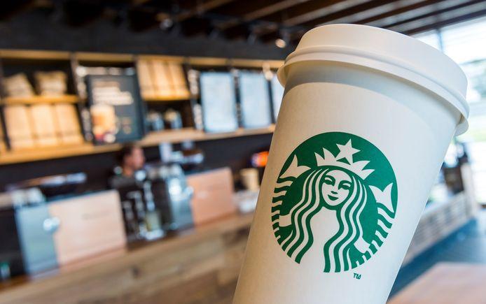 Starbucks; al lang onbekende meer in het tankstation.