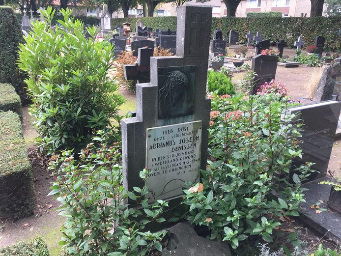 Het graf van militair Jos Denissen.