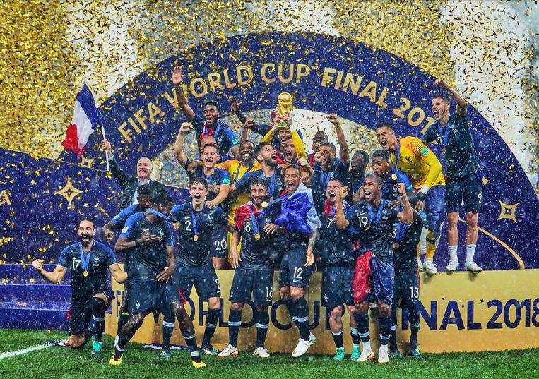 Frankrijk viert het winnen van het laatste WK voetbal, in 2018. De Fifa wil het toernooi om de twee jaar houden. Beeld NurPhoto via Getty Images