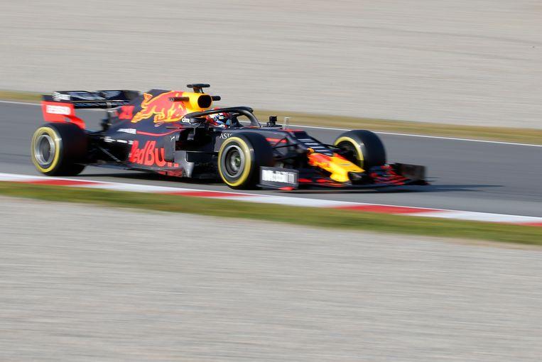 Max Verstappen in zijn Red Bull-bolide met Honda-motor.  Beeld AP