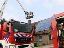 Bewoner voor behandeling naar ziekenhuis na brand in Enter