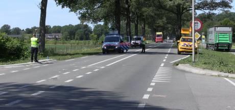 Gewonde bij ongeluk met scootmobiel en vrachtwagen in Winterswijk