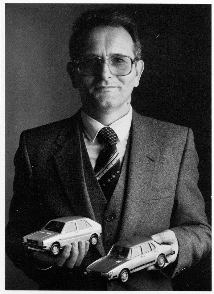 Jan in een landelijke reclamecampagne voor zijn Saabs en Lancia's. De tekst eronder luidde: Wij nodigen u uit om met ons nieuwste speelgoed te komen spelen