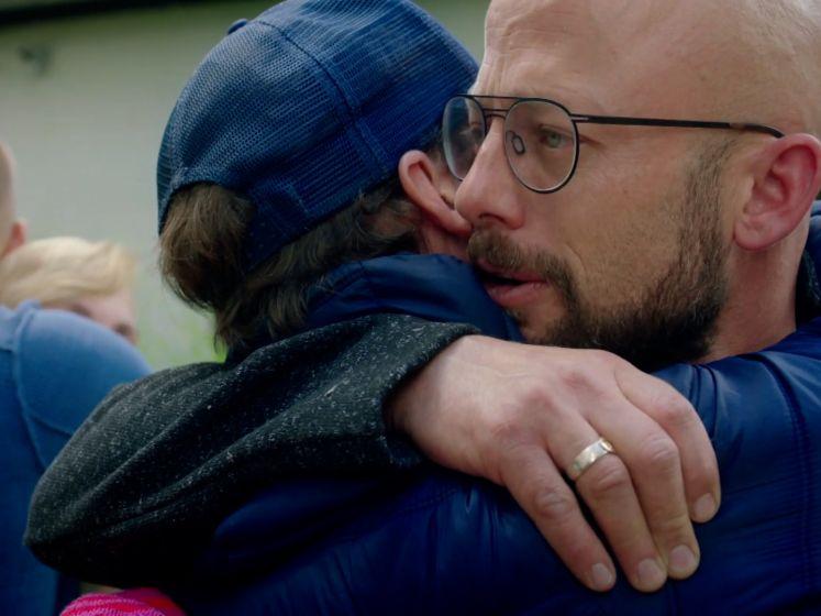 Staf Coppens neemt in tranen afscheid van zijn broers