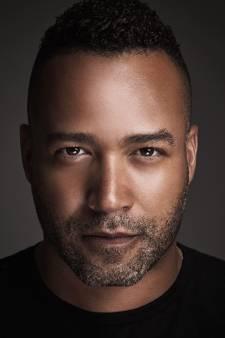 Everon Jackson Hooi schittert in film Buladó: 'Maar die speelt toch in een soap, hoor ik ze denken?'