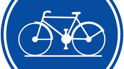 Nieuwe markering voor fietspad Denstraat
