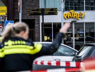 Nederlandse politie speurt naar 33-jarige moordverdachte die twee slachtoffers achterliet in bioscoop
