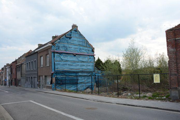 Ook wat verderop in de Gelaagstraat zijn 11 appartementen gepland op een perceel grond waar oude huizen zijn afgebroken.