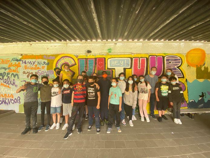 De leerlingen van het vijfde jaar van basisschool Sint-Lievenscollege Keizer Karel.