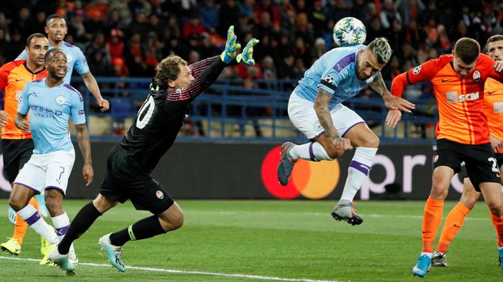 Manchester City wint gemakkelijk van Shakhtar Donetsk