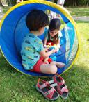 Voor Milo (4) en Nora (7) uit de Kleine Kouterwijk in Lede was de spelnamiddag van het Huis van het Kind Erpe-Mere/Lede een leuke afleiding.