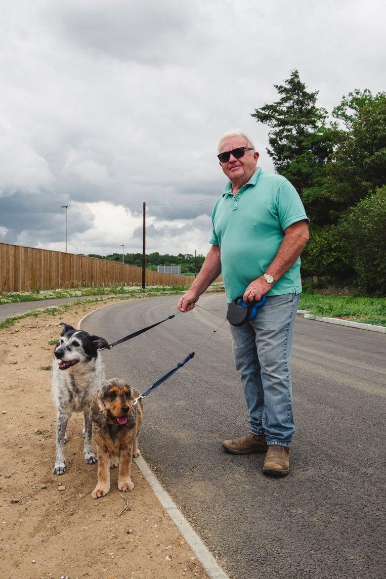 """Barry met zijn honden: """"Wat doe je ertegen?"""" Beeld Carlotta Cardana"""