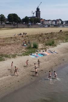 Bekijk hier de droogte in Deventer vanuit de lucht