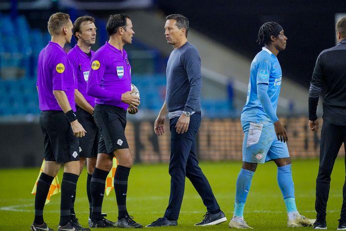 Een eerder onderonsje tussen Roger Schmidt en Bas Nijhuis rond het duel met Vitesse.