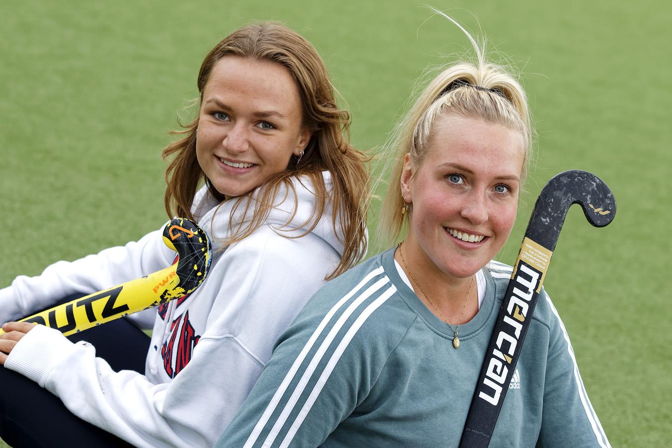 Bente Pieters (rechts) wordt gezien als een soort architect voor Rosmalen. Lotte de Beijer moet de nieuwe goaltjesdief worden.
