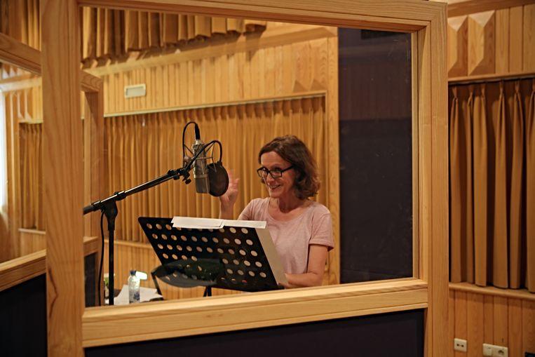 Kadèr Gürbuz tijdens opnames van 'Ik, Karin' Beeld VRT