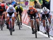 Wiebes wint in De Panne na diskwalificatie D'hoore