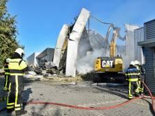 Zo ziet de aanmaakblokjesfabriek Fire-Up eruit na de brand