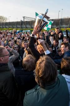 Kersverse kampioen PKC groots onthaald door eigen aanhang